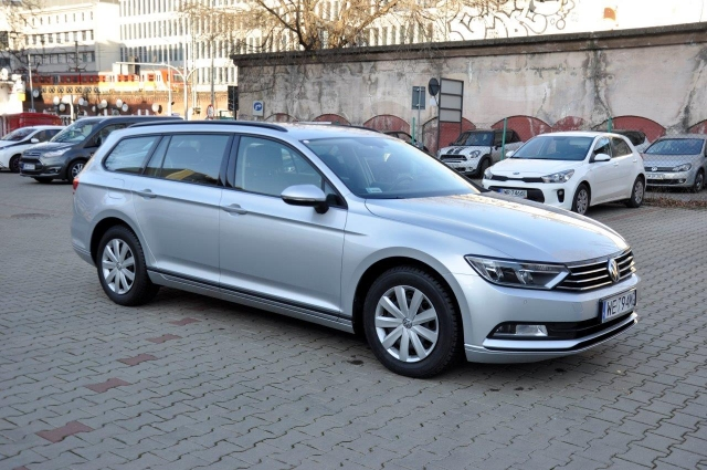 Volkswagen Passat Variant 2.0TDI 150KM nr 874