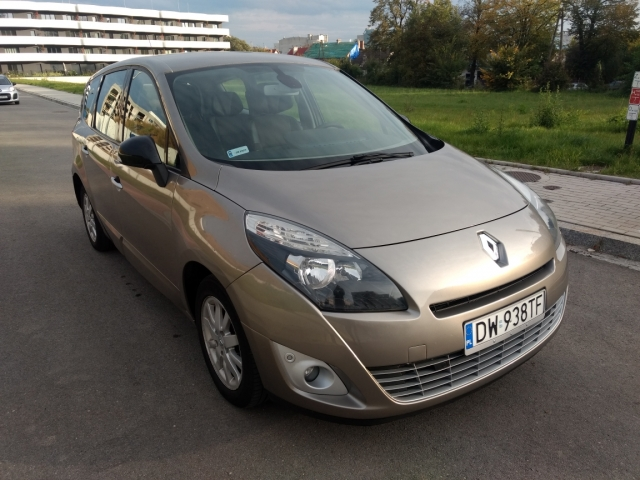 Renault Grand Scenic III 1.5dCi 7-os Automat